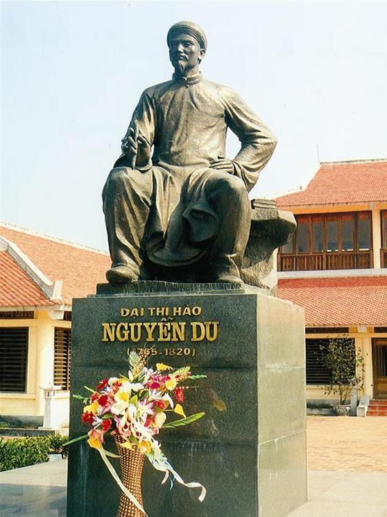 Vị đại thi hào tạo nên kiệt tác gắn liền với sinh mệnh tiếng Việt, trở thành danh nhân văn hóa thế giới - Ảnh 3.