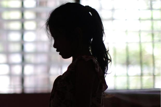 Mặt tối sau những trại trẻ mồ côi: Nơi những đứa trẻ bị bắt ăn mặc rách rưới, đóng giả không cha không mẹ để lợi dụng tình thương của du khách nước ngoài - Ảnh 5.