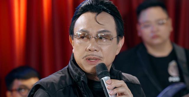 Chí Tài: Bị ca sĩ mắng mỏ, bầu show khiển trách phải chuyển sang diễn hài - Ảnh 1.