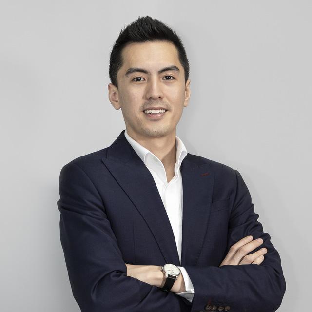 Phùng Tuấn Đức - CEO điển trai của Gojek Việt: Ngày đi làm bằng xe ôm, tối chỉ muốn dành thời gian cho vợ - Ảnh 2.
