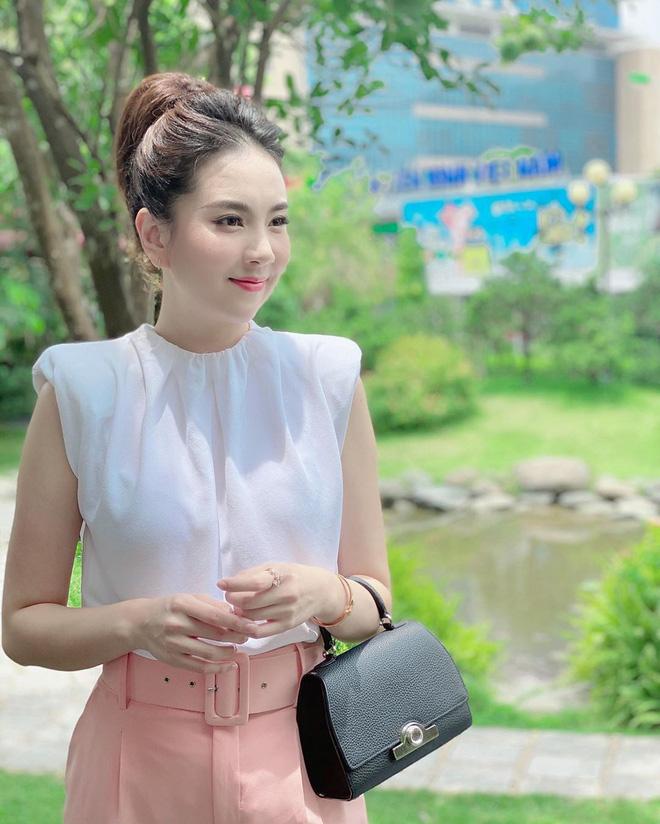 Mai Ngọc và Thu Hoài - 2 cô MC có tất cả ở tuổi 30, mê nhất là khoản có chồng giàu và ngày càng đẹp! - Ảnh 15.
