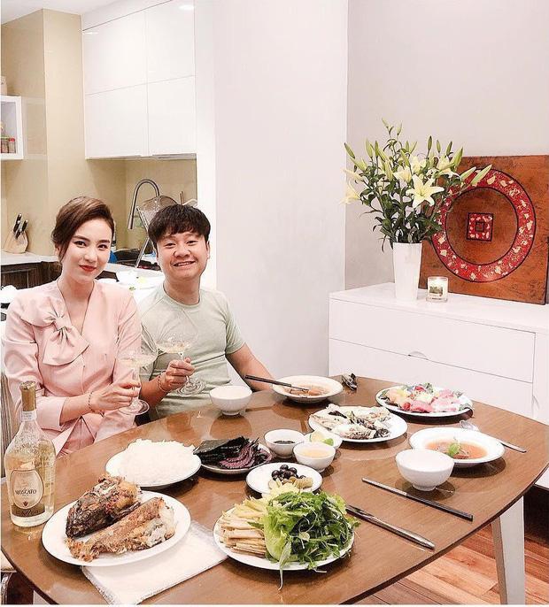 Mai Ngọc và Thu Hoài - 2 cô MC có tất cả ở tuổi 30, mê nhất là khoản có chồng giàu và ngày càng đẹp! - Ảnh 3.