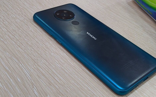 Top 5 điện thoại giá rẻ dưới 4 triệu đồng có camera chất, pin khủng - Ảnh 2.
