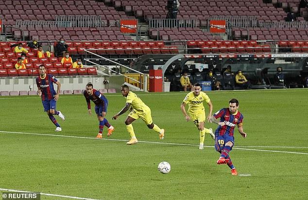 Messi cùng Barca khởi đầu mãn nhãn; Man City thảm bại khó tin trong cơn mưa penalty - Ảnh 2.