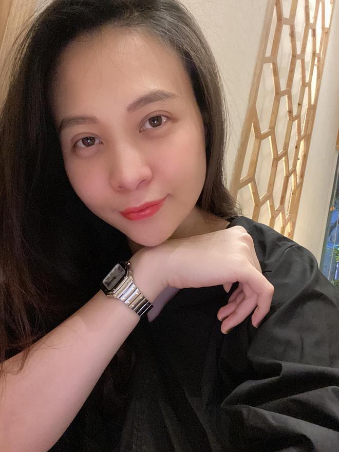 Cường Đô La hạnh phúc khoe khoảnh khắc Đàm Thu Trang chăm con gái, để lộ mặt mộc mẹ bỉm qua camera thường - Ảnh 2.