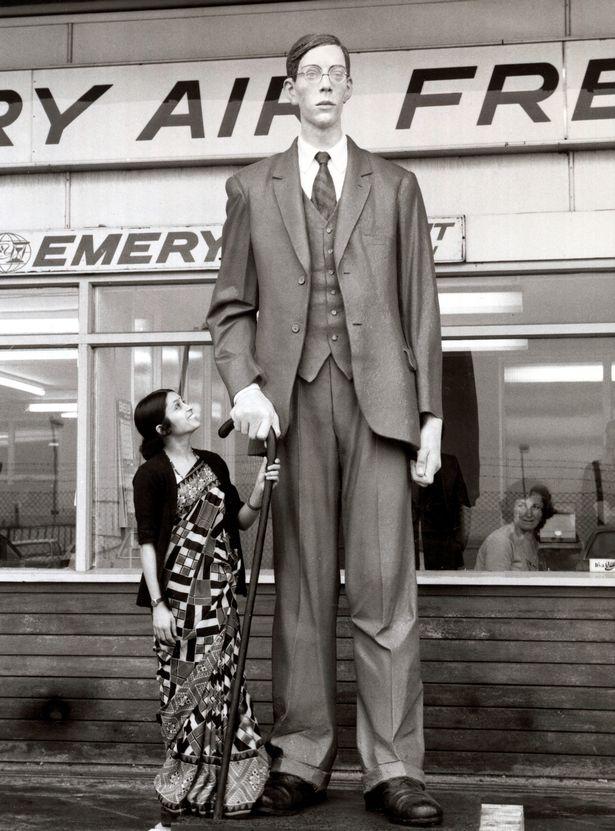 10 kỷ lục Guinness chưa từng bị phá vỡ: Từ người cao nhất cho đến văn phòng lớn nhất thế giới - Ảnh 4.