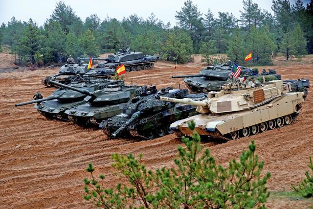 Mỹ-NATO liều lĩnh khiêu khích, Nga sẵn sàng vung gậy ngay và luôn: Bất ngờ và đột ngột! - Ảnh 4.