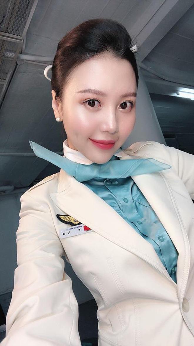 Cuộc sống hiện tại của dàn nữ tiếp viên hàng không từng nổi tiếng MXH, có người đã kết hôn và chuẩn bị sinh con - Ảnh 2.