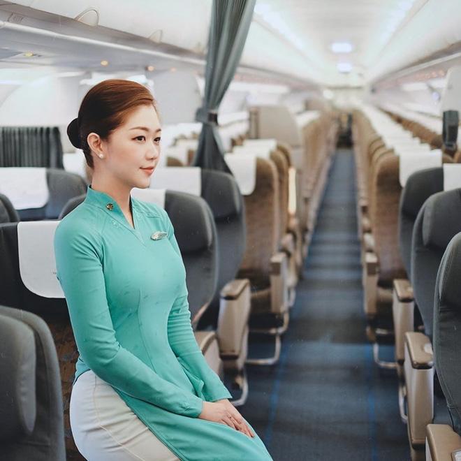 Cuộc sống hiện tại của dàn nữ tiếp viên hàng không từng nổi tiếng MXH, có người đã kết hôn và chuẩn bị sinh con - Ảnh 13.