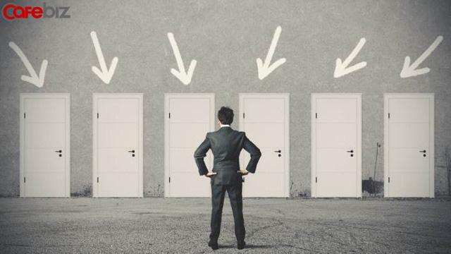 Tâm lý học: Lựa chọn quan trọng hơn nỗ lực, người làm được việc lớn đều giỏi đưa ra lựa chọn - Ảnh 3.