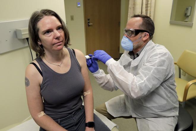 Khẳng định mình và gia đình miễn nhiễm Covid-19, Elon Musk sẽ không tiêm vắc-xin khi nó ra mắt - Ảnh 2.