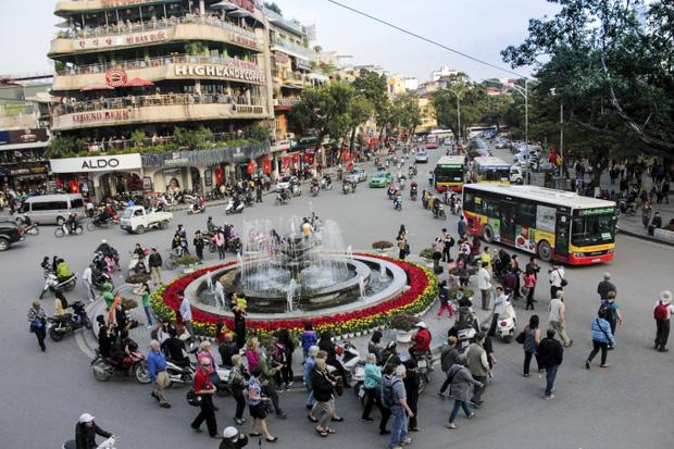 """Tọa đàm cấp cao """"Tham vấn về sáng kiến: Hà Nội - Thành phố sáng tạo""""  - Ảnh 1."""