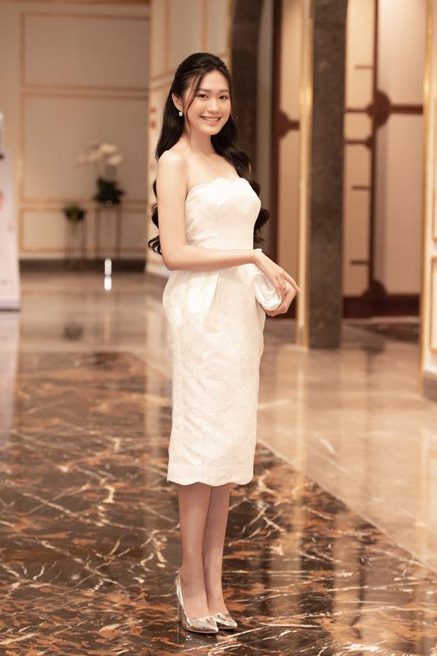 So nhan sắc trên mạng với ngoài đời của Doãn Hải My - gái đẹp hot nhất Hoa hậu Việt Nam - Ảnh 2.