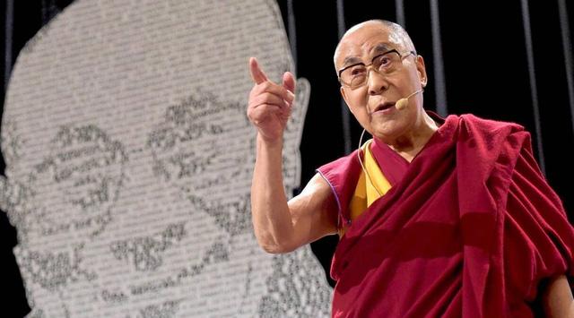 7 lời dạy của Dalai Lama sẽ khiến bạn phải suy ngẫm nếu muốn sống một đời thanh thản: Đôi khi không có được thứ mình muốn cũng là một loại may mắn - Ảnh 1.