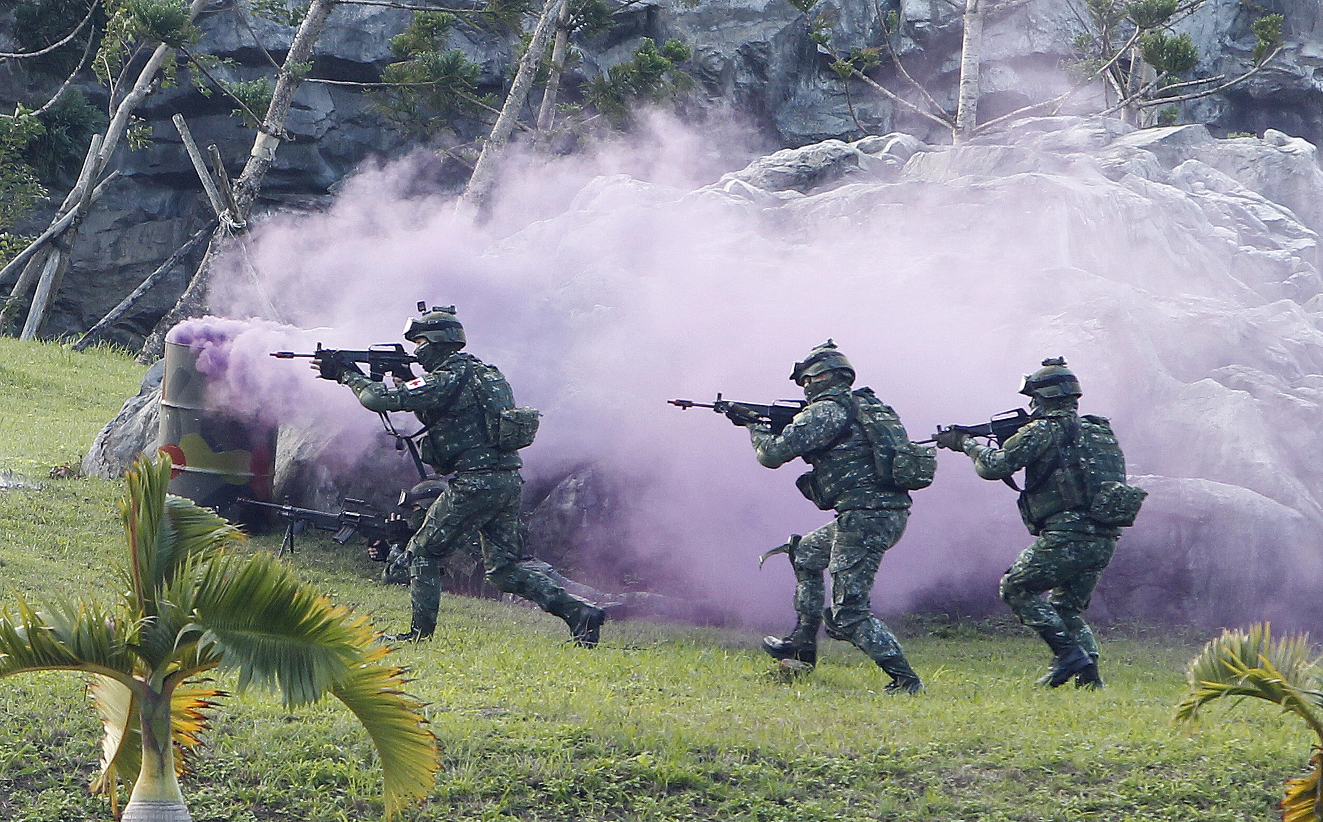 Hoàn Cầu: Đa số người dân đảo Đài Loan lo sợ chiến tranh với Trung Quốc bùng nổ