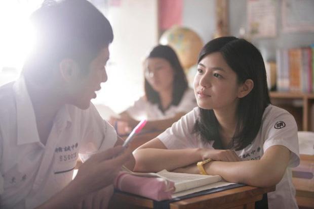 7749 chuyện ai cũng từng trải qua ở canteen trường học, nơi thị phi và cũng là nơi tình yêu bắt đầu - Ảnh 1.
