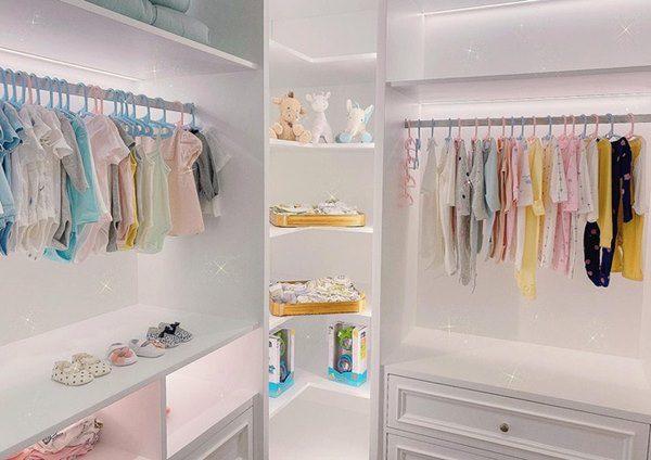 Cường Đô La chi tiền khủng để sắm bộ sưu tập túi hàng hiệu mini cho con gái - Ảnh 3.