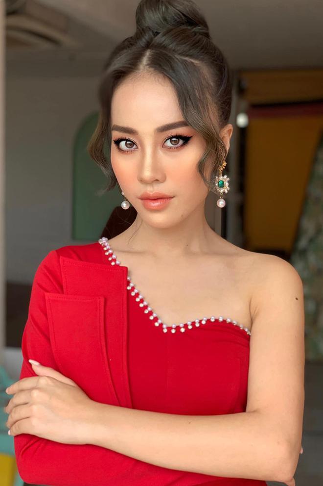 Nhan sắc MC VTV vừa bị loại khỏi Hoa hậu Việt Nam 2020 - Ảnh 3.