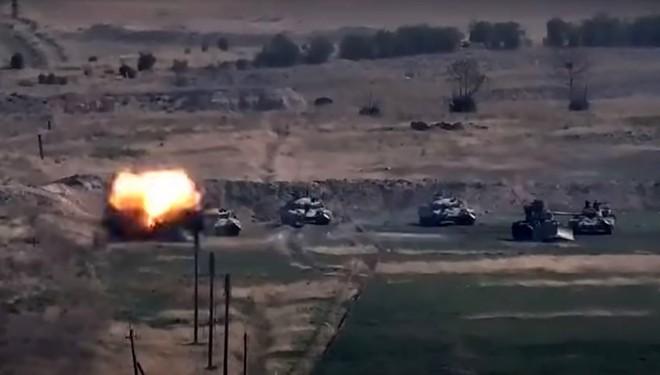 Lực lượng Karabakh tuyên bố phá hủy 17 xe tăng của Azerbaijan - Liên Hiệp quốc ra tuyên bố nóng - Ảnh 1.