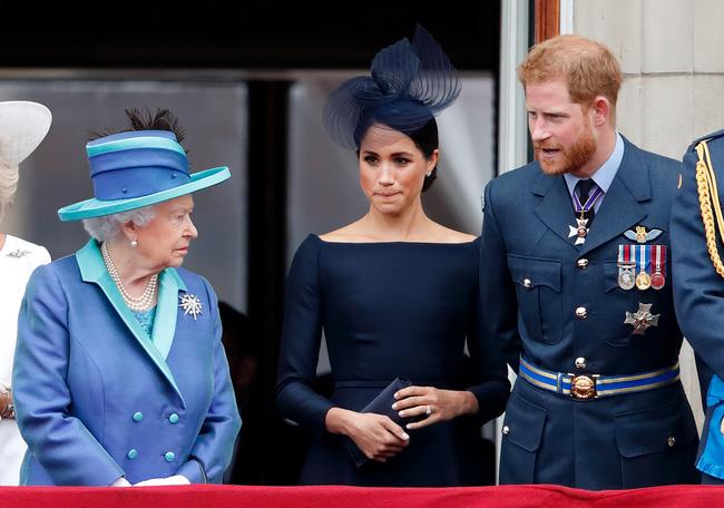 Ký hợp đồng với Neflix trị giá hàng chục ngàn tỷ, nhà Sussex liền bị dân Anh đòi tiền, hoàng gia cũng vào cuộc xem xét - Ảnh 2.