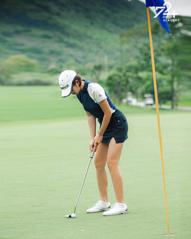 Bắt bài chụp ảnh của dàn gái xinh sân golf, chỉ một bức hình mà khoe đủ combo đẹp - khoẻ - sang - Ảnh 11.