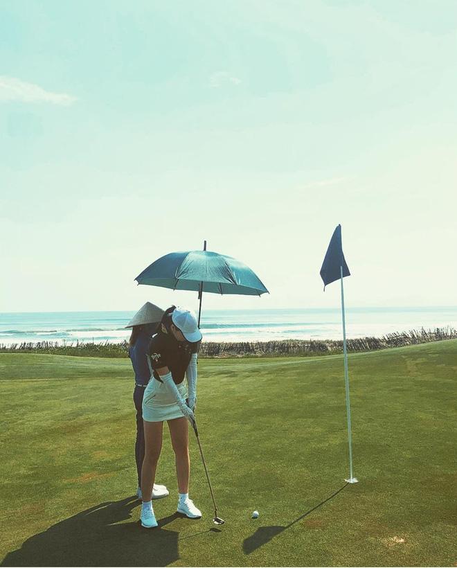 Bắt bài chụp ảnh của dàn gái xinh sân golf, chỉ một bức hình mà khoe đủ combo đẹp - khoẻ - sang - Ảnh 12.