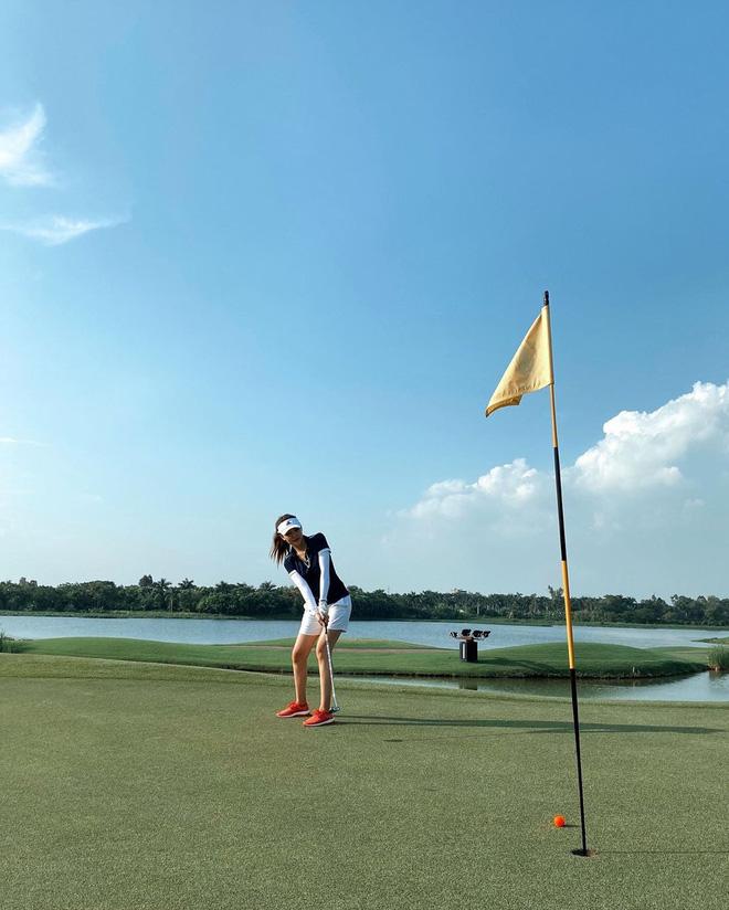 Bắt bài chụp ảnh của dàn gái xinh sân golf, chỉ một bức hình mà khoe đủ combo đẹp - khoẻ - sang - Ảnh 13.