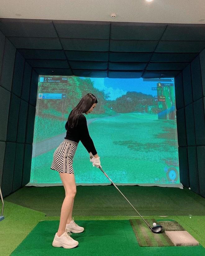 Bắt bài chụp ảnh của dàn gái xinh sân golf, chỉ một bức hình mà khoe đủ combo đẹp - khoẻ - sang - Ảnh 19.