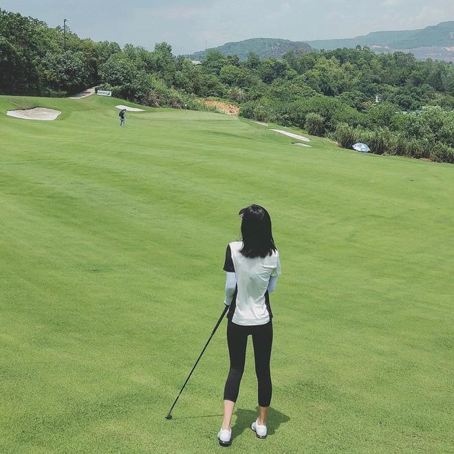 Bắt bài chụp ảnh của dàn gái xinh sân golf, chỉ một bức hình mà khoe đủ combo đẹp - khoẻ - sang - Ảnh 21.