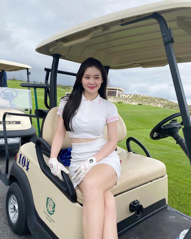 Bắt bài chụp ảnh của dàn gái xinh sân golf, chỉ một bức hình mà khoe đủ combo đẹp - khoẻ - sang - Ảnh 27.