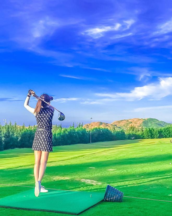 Bắt bài chụp ảnh của dàn gái xinh sân golf, chỉ một bức hình mà khoe đủ combo đẹp - khoẻ - sang - Ảnh 4.