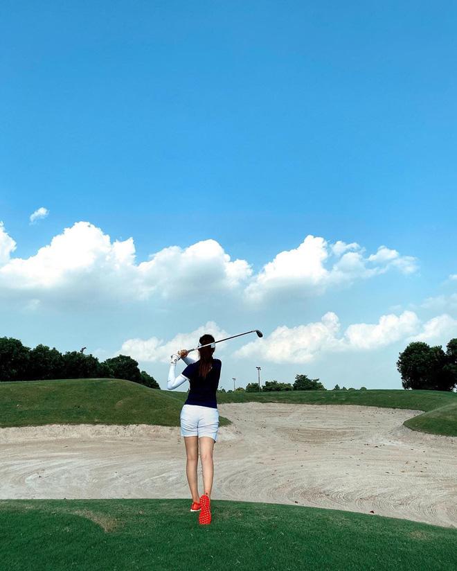 Bắt bài chụp ảnh của dàn gái xinh sân golf, chỉ một bức hình mà khoe đủ combo đẹp - khoẻ - sang - Ảnh 8.