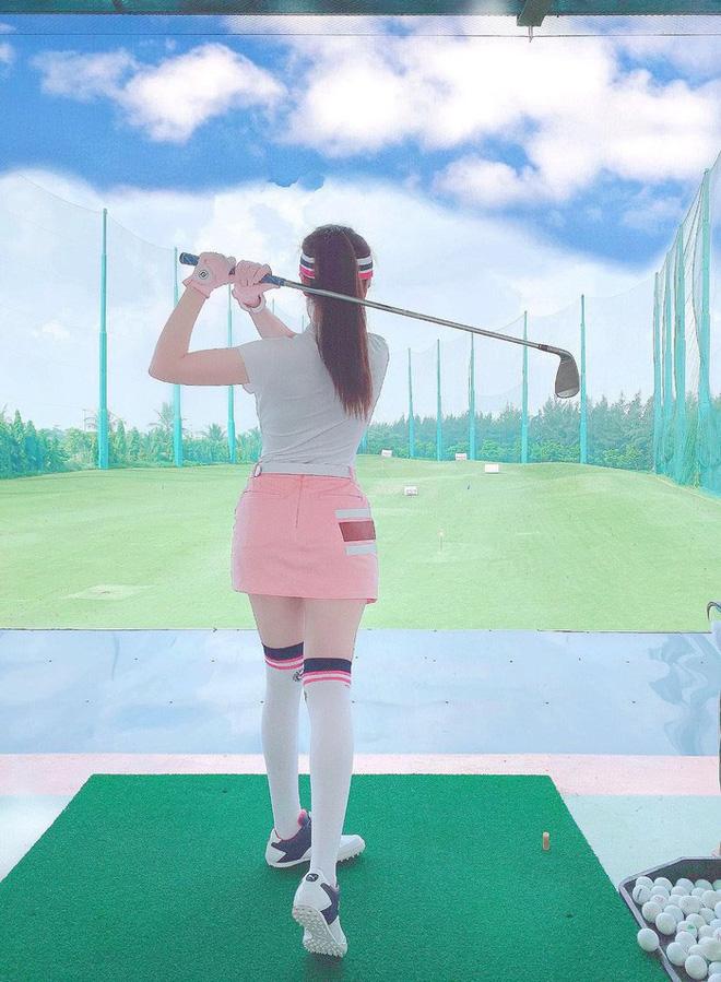 Bắt bài chụp ảnh của dàn gái xinh sân golf, chỉ một bức hình mà khoe đủ combo đẹp - khoẻ - sang - Ảnh 9.