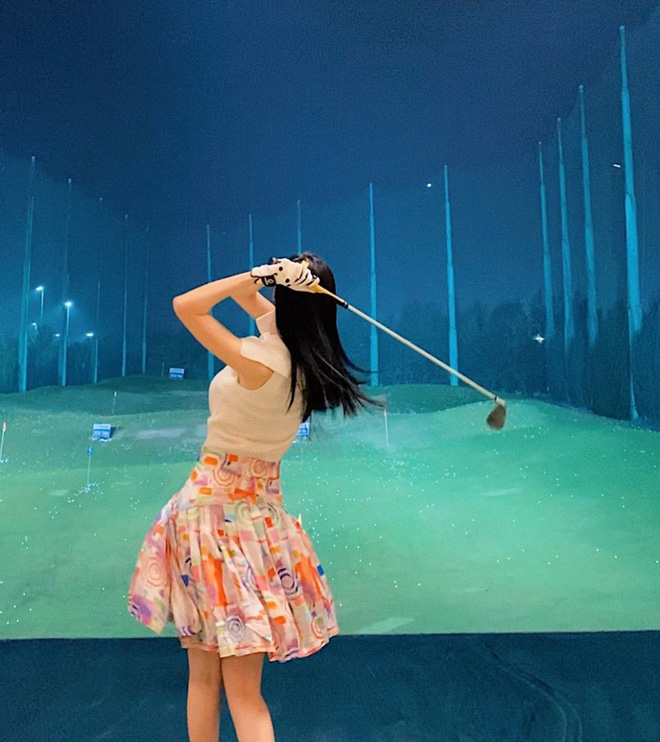 Bắt bài chụp ảnh của dàn gái xinh sân golf, chỉ một bức hình mà khoe đủ combo đẹp - khoẻ - sang - Ảnh 10.