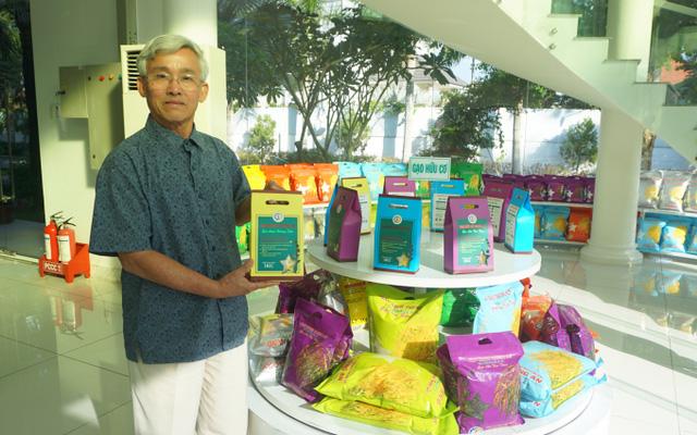TGĐ công ty sản xuất gạo sạch lớn nhất Việt Nam: Vì văn hóa xuất khẩu kém của nhiều doanh nghiệp, gạo Việt đáng ra có thể bán với giá 2.000 - 3.000 USD/tấn, thì hiện tại chỉ thu về được hơn 1.000 USD/tấn - Ảnh 1.