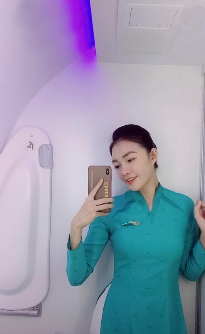 Profile cô tiếp viên hàng không đang khiến MXH rần rần, hoá ra từng nổi cùng thời với Ngân Sát Thủ - Ảnh 2.