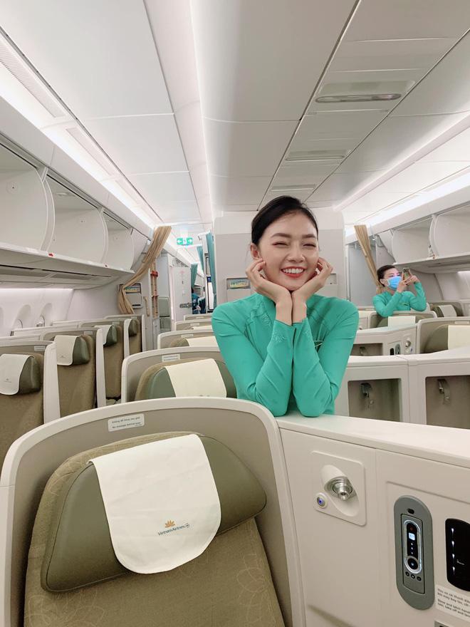 Profile cô tiếp viên hàng không đang khiến MXH rần rần, hoá ra từng nổi cùng thời với Ngân Sát Thủ - Ảnh 3.