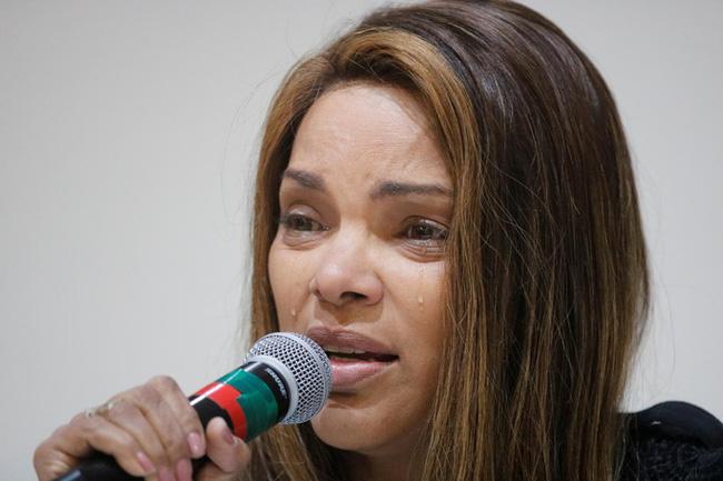 Vụ việc chấn động Brazil: Nữ nghị sĩ nổi tiếng với lòng bác ái nhận nuôi hàng chục đứa trẻ, bị cáo buộc giết chồng, bóc trần vỏ bọc hoàn hảo bấy lâu nay - Ảnh 4.
