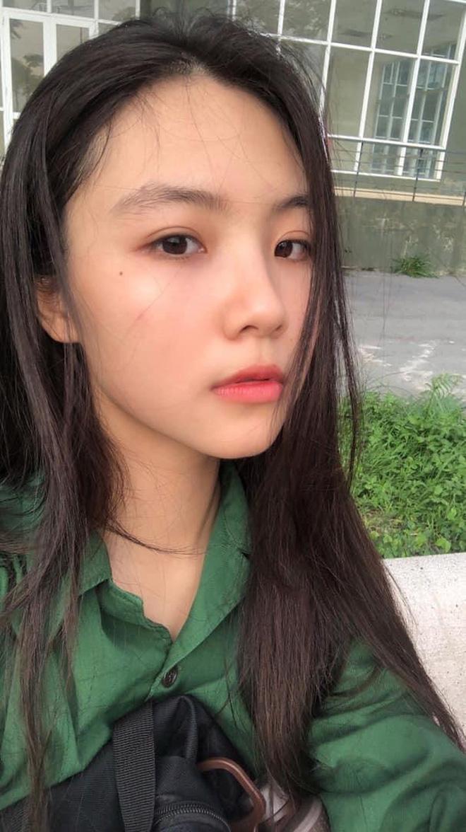 Đọ sắc 2 gái xinh có mặt mộc ấn tượng ở 'đường đua' Hoa hậu Việt Nam: Đều có khí chất nữ thần, khó nói ai nhỉnh hơn ai - ảnh 1