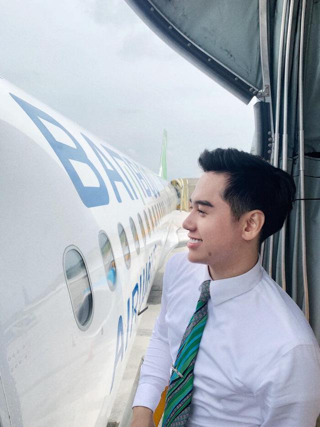 Bỏ nghề tiếp viên hàng không lương nghìn USD, cựu sinh viên FTU mở tiệm bánh online thu nhập cao hơn nghề trước - Ảnh 2.