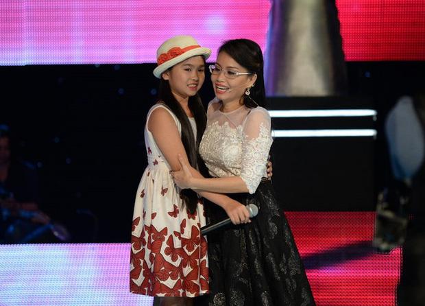 Dàn quán quân nhí ngày ấy - bây giờ: Quang Anh gây tranh cãi vì dao kéo, Hồ Văn Cường lột xác bên mẹ nuôi Phi Nhung - Ảnh 6.
