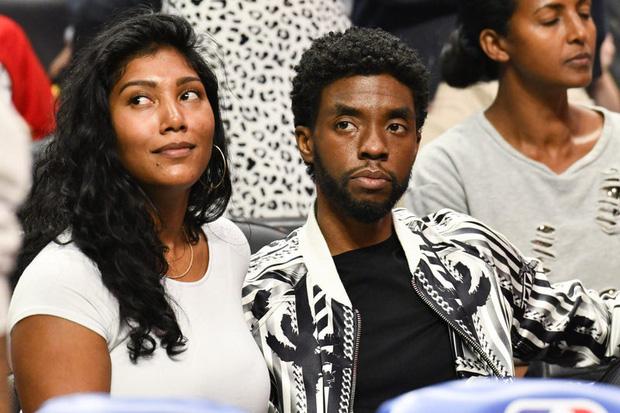 Lễ tưởng niệm Chadwick Boseman: Dàn sao Black Panther và Chủ tịch Marvel Studios đến dự, cùng gia đình đưa tiễn huyền thoại - Ảnh 8.