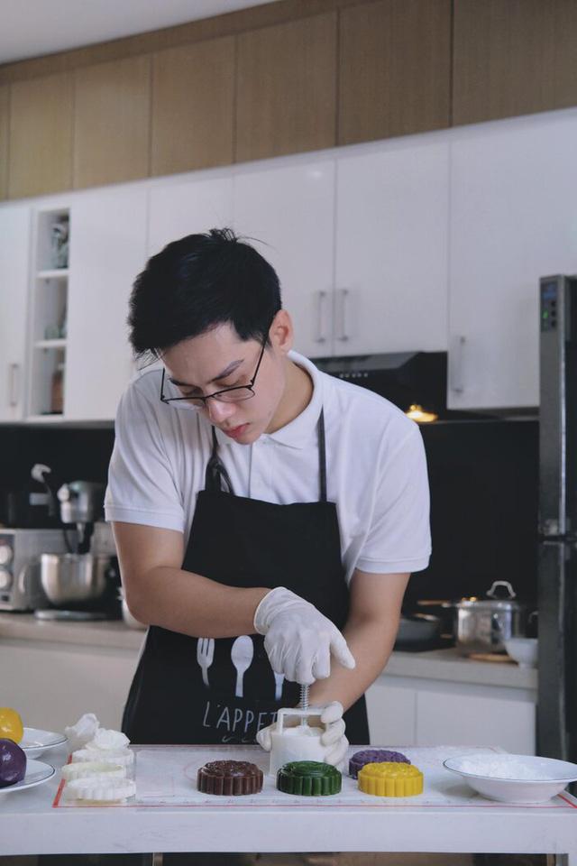 Bỏ nghề tiếp viên hàng không lương nghìn USD, cựu sinh viên FTU mở tiệm bánh online thu nhập cao hơn nghề trước - Ảnh 7.
