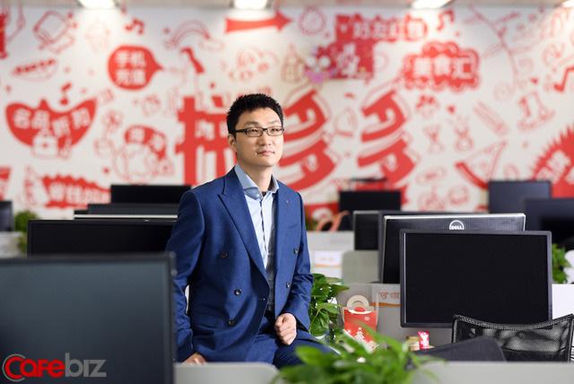 40 tuổi, vượt qua Jack Ma, trở thành tỷ phú thứ 2 của Trung Quốc và bài học: Không phải quý nhân giúp bạn, mà là tự bạn tạo ra quý nhân - Ảnh 2.