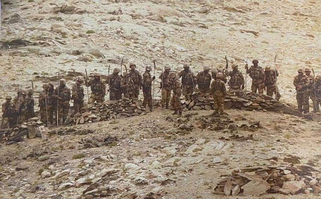 Chuyên gia Ấn: Hé lộ lý do New Delhi lâm vào thế bị động, để lính TQ thâm nhập phục kích - Ảnh 1.