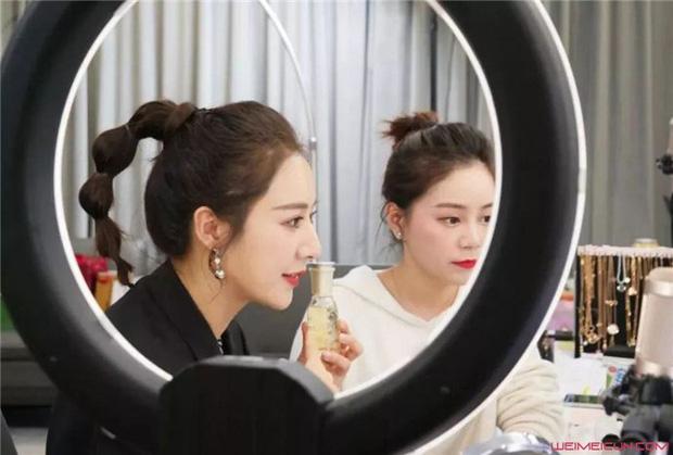 Góc khuất nghề nghiệp: 10 sự thật bất ngờ về streamer - công việc hái ra tiền bao người mơ ước ở Trung Quốc - Ảnh 12.