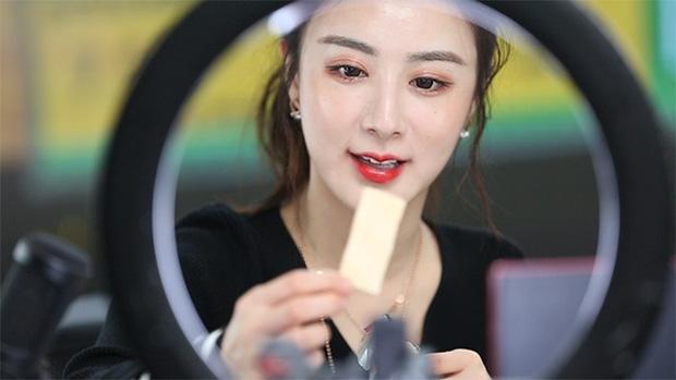 Góc khuất nghề nghiệp: 10 sự thật bất ngờ về streamer - công việc hái ra tiền bao người mơ ước ở Trung Quốc - Ảnh 6.