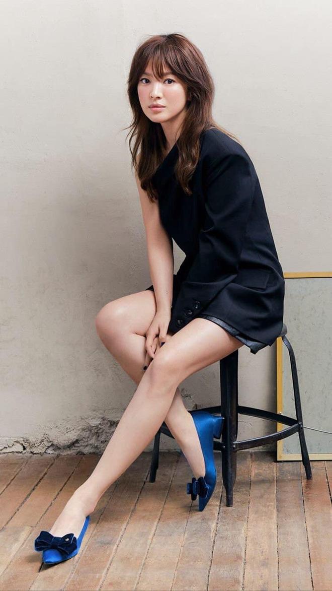 Dàn mỹ nhân phim 4 Mùa sau 2 thập kỷ: Song Hye Kyo - Han Hyo Joo ngập bê bối, Son Ye Jin - Choi Ji Woo lại nở rộ bất ngờ - Ảnh 7.