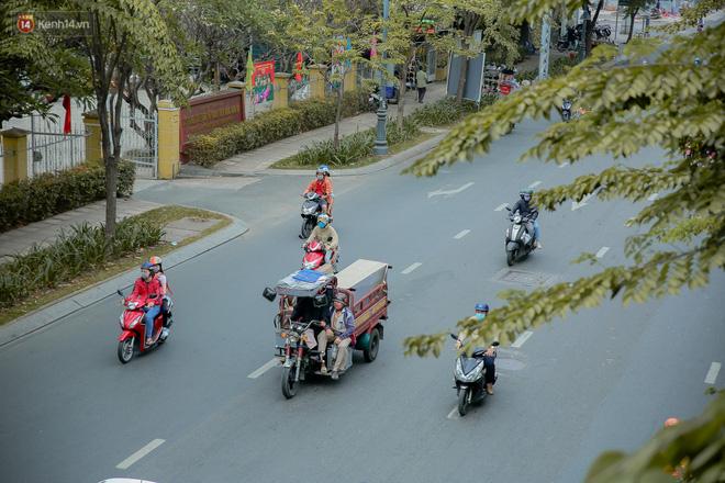 Không còn nhận ra đây là Sài Gòn trong ngày đầu tiên của năm mới, từng ngóc ngách đều hiện lên đẹp thổn thức con tim! - Ảnh 4.