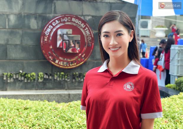 Hoa hậu Lương Thùy Linh thời đi học: Mặt mộc xinh xuất sắc, lên đại học từng stress vì lủi thủi chơi một mình - Ảnh 5.